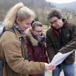 Foto: Reinhard Wolf, Staatssekretär Andre Baumann erläutert die Entwicklung der Wanderschäferei in Europa